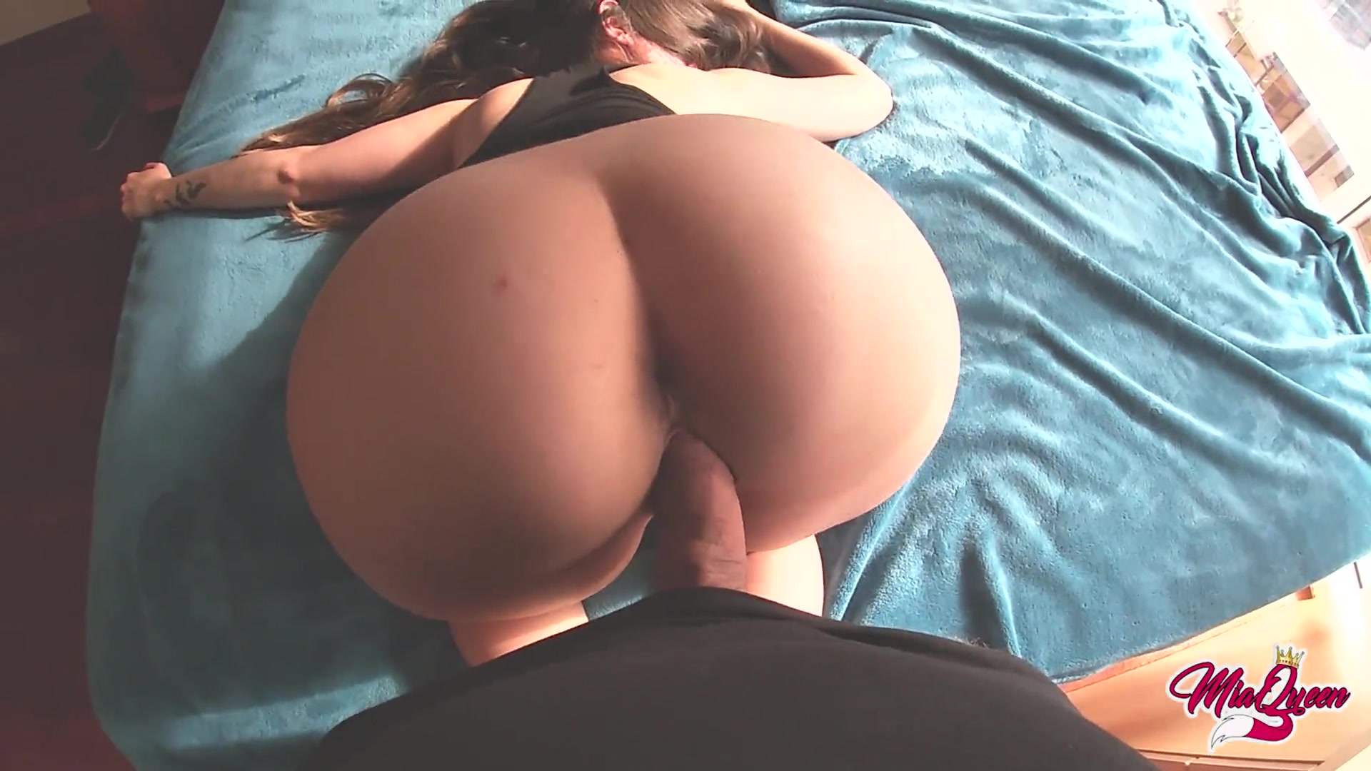 This is how it Feels Cum inside a Latina with Bubble Ass